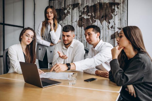 grupo personas trabajando plan negocios oficina 1303 15866