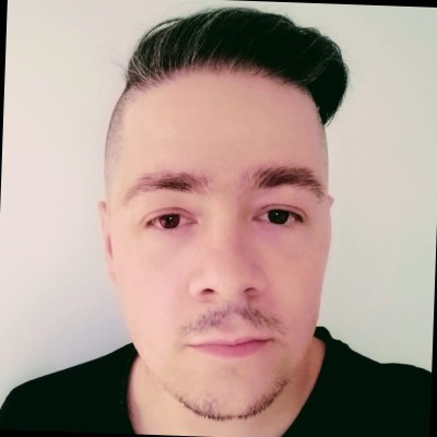 "<a href=""https://www.linkedin.com/in/desarrollador-senior/"" target=""_blank"" class=""LI-view-profile btn""><span style=""color:#f1c435"">Javier Torrón Díaz<i class=""fab fa-linkedin"" style=""color: white""></i></span></a>"