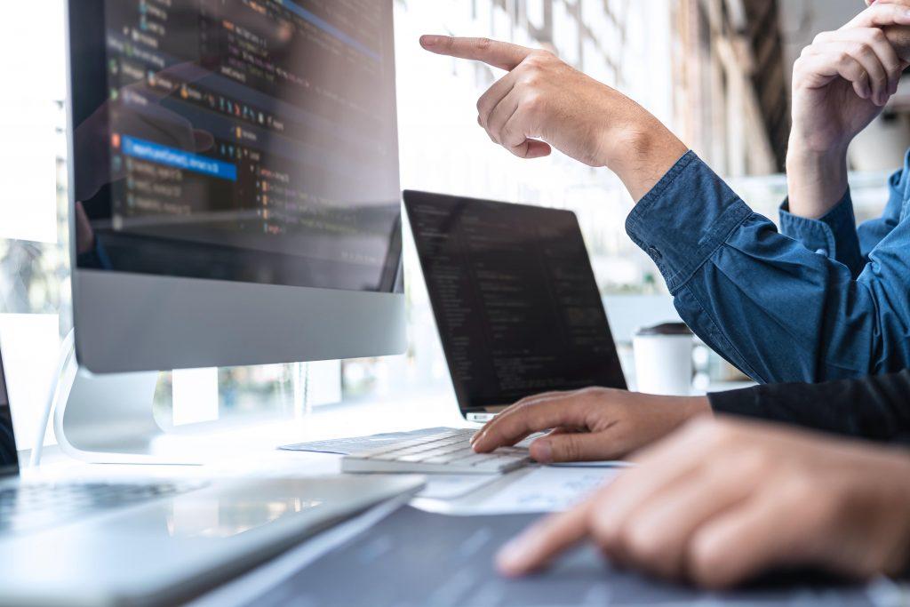 pinakes plataforma de ciberseguridad financiera