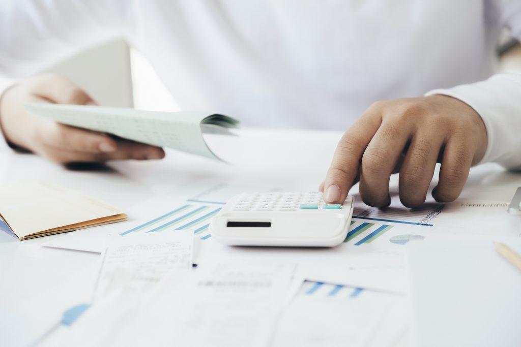 ¿es deducible una factura simplificada?